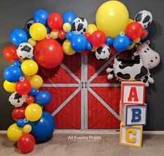 Farm Animal Birthday, Cowboy Birthday, Cowboy Party, Farm Birthday, Toy Story Birthday, 1st Birthday Parties, Birthday Diy, Prince Birthday, Balloon Birthday