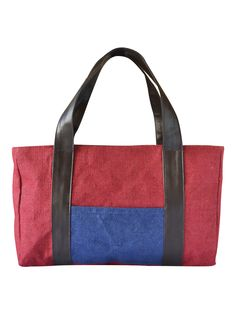 A great companion for your evening out with your office colleagues or friends. Match with your western smart casuals for a perfectly stylish look.  http://www.earthenme.com/New-Launch/Jute-Flap-Cover-Pink-Handbag-id-1991856.html