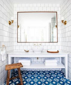 Bathroom goals... @_halcyonhouse