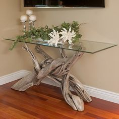 Rustic meets modern day stylish when driftwood and a glass gather to create this entryway and sofa table. It will appear perhaps prettier in your house, cottage, or lodge. Driftwood Furniture, Driftwood Projects, Driftwood Art, Rustic Furniture, Home Furniture, Rustic Sofa, Antique Furniture, Outdoor Furniture, Furniture Ideas