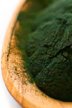 Glowing Skin Superfoods: Spirulina