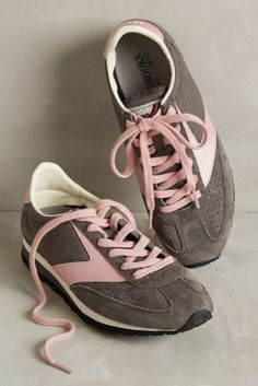 #anthrofave Brooks Winter Vanguard Sneakers Pink  Sneakers