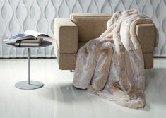 Frontansicht von Plaid Puma in Pastell Kitt Plaid, Beige, Blanket, Home, Fluffy Rug, Fur, Pastel, Home Accessories, Rural House