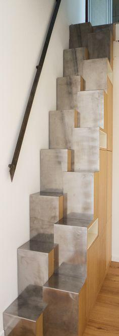 narrow stairs, space saving