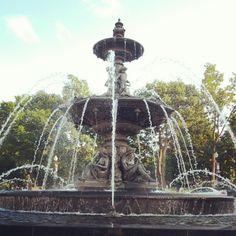 "@toxikdra's photo: ""#oldquebec #water"" // Fontaine de Tourny #quebec quebecregion.com"