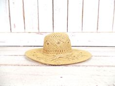 On sale 15% off - Light tan brown woven vintage straw hat/gardening farming hat/straw sun hat by GreenCanyonTradingCo on Etsy