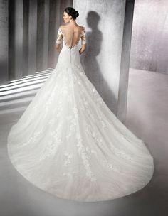 Kleid Zainal aus Spitze mit herzförmigem Dekolleté