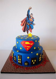are you looking for awesome ideas to create your Superman cake or need some inspiration for it, look no further, below you can find 23 cool superman cakes Anniversaire Captain America, Bolo Super Man, Cake Cookies, Cupcake Cakes, Sweets Cake, Superman Birthday Party, Cake Birthday, 4th Birthday, Birthday Ideas