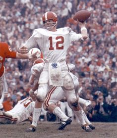 "THIS IS A PHOTO OF ""THE SNAKE"" KEN STABLER WHEN HE WAS PLAYING FOOTBALL FOR ALABAMA!! KEN STABLER WAS A GREAT FOOTBALL PLAYER FOR ""ALABAMA"" BUT PLAYED MANY YEARS IN THE NFL WITH THE ""OAKLAND RAIDERS"" WHERE HE BECAME A GREAT NFL FOOTBALL PLAYER & WON A SUPER BOWL!!"