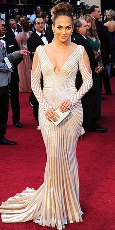 JLo, looking lovely!