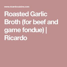 broth fondue recipes Fondue night in the cards? Then this tasty roasted garlic broth, perfect for beef and game meats, will be the perfect addition to the party! Fondue Party, Party Dips, Party Snacks, Party Fun, Broth Fondue Recipes, Real Food Recipes, Cooking Recipes, Grasshopper Pie, Ricardo Recipe