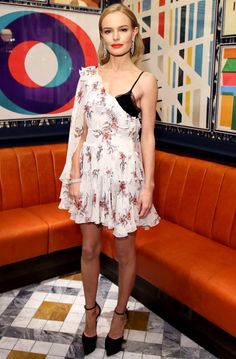 http://people.com/style/last-nights-look-love-it-or-leave-it-1312017/kate-bosworth