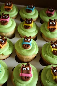 Horse cupcake by paulahennig, via Flickr