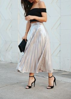 Skirt outfits - Our Cool Map for springoutfits to Rock Your Wardrobe girlsinsights springtrends Midi Skirt Outfit, Skirt Outfits, Dress Skirt, Dress Up, Pleated Skirt, Girly Outfits, Classy Outfits, Stylish Outfits, Look Fashion