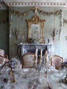 Billedresultat for Satis House Banquet, Diorama, Haunted Dollhouse, Dollhouse Ideas, Miss Havisham, Diy Barbie Furniture, Goth Home Decor, Art Vintage, Great Expectations