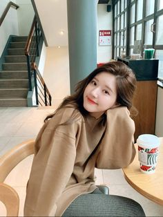 Cute Asian Girls, Cute Girls, Korean Photoshoot, Korean Beauty Girls, Dps For Girls, Prity Girl, Selfies, Best Photo Poses, Ulzzang Korean Girl