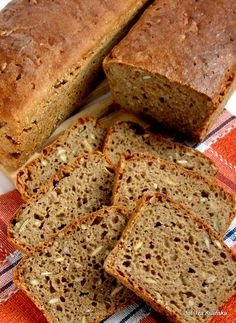 Chleb żytni z pestkami, na zakwasie Rye bread with stones, sourdough Tasty Pyza – Polish Bread Recipe, Polish Recipes, Sourdough Rye Bread, Baguette, Bread Recipes, Cooking Recipes, Recipes From Heaven, Food Design, My Favorite Food