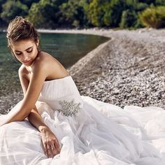 Find More Wedding Dresses Information about elegant boho wedding dresses 2017 simple off shoulder beaded tulle womens beach  bridal marry gown vestido de novia,High Quality wedding dress designers uk,China wedding dress angel Suppliers, Cheap dress up wedding games from suzhou  helen wedding dress company on Aliexpress.com