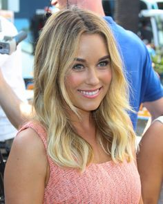 This Lauren Conrad look is so dewy and fresh. LOVING it! // #celebritybeauty