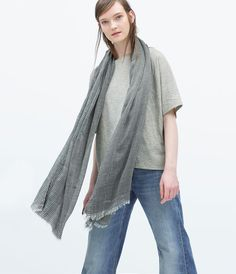Image 2 of SCARF WITH FRAYED HEM from Zara