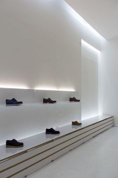 Nice subtle lighting, La Scarpa shoe shop by Elia Nedkov.