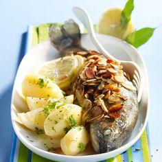 Découvrez la recette Truites aux amandes sur cuisineactuelle.fr.