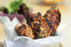 Essayez notre recette toute simple: commencez par faire mariner le poulet…