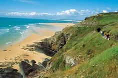Normandy - Top places to visit in France Normandy Beach, Normandy France, Beautiful Vacation Spots, Beautiful Places, Places To Travel, Places To See, Weather In France, Best Vacation Destinations, Visit France