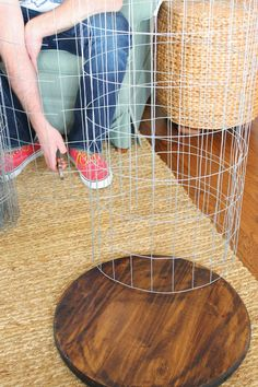 the picket fence projects: Airing our dirty laundry (and DIY hamper) Diy Deco Rangement, Pink Home Decor, Laundry Hamper, Mo S, Easy Diy Projects, Diy Crafts To Sell, Diy Furniture, Blog, Clothes Refashion