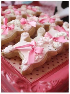 Poodle Cookies - part of an over-the-top Fancy Nancy party