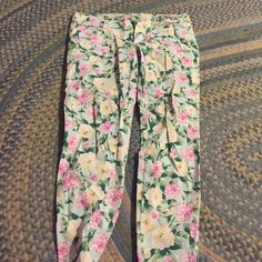 Floral Plus Sized Jeans Floral Plus Sized Jeans! Super comfy and stretchy! Great condition :) Forever 21 Jeans Skinny
