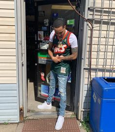 Dope Outfits For Guys, Swag Outfits Men, Stylish Mens Outfits, Boy Outfits, Casual Outfits, Fashion Outfits, Nba Fashion, Mens Fashion Wear, Jersey Fashion