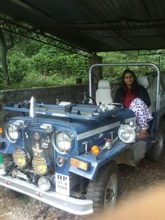 Old jeep seen in palampur awosome old millatry car loved d ride in it
