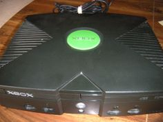 2004 Microsoft Original XBOX 360 Video Game System, Doby Digital With One Contr
