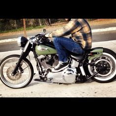 Very Nice softail bobber! I like the colors