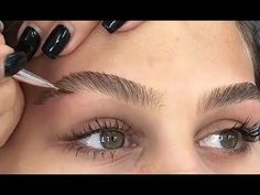 HOW TO FILL & SHAPE YOUR BROWS - YouTube