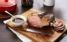 Prime Rib with Red Wine and Shallot Jus Recipe Au Jus Recipe, Recipe Box, Great Recipes, Favorite Recipes, Interesting Recipes, Prime Rib Au Jus, Prime Rib Dinner, Roasted Shallots, Shallot Recipes