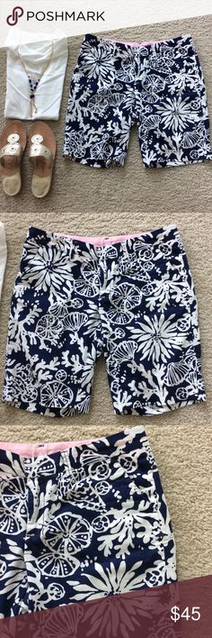 """Lilly Pulitzer Avenue Shorts Lilly Pulitzer Avenue Shorts 'In The Groove'. Super cute navy and white print. Approx 10"""" inseam. Pockets, belt Loop. Front zip and button closure. Laying flat waist approx 15.5"""" across. 100% cotton. Size 2. Great condition. #1094 Lilly Pulitzer Shorts Bermudas"""