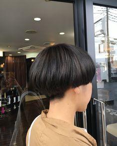osetomokoさんはInstagramを利用しています:「キノコショート #cut#color#刈り上げ #刈り上げ女子 #グレージュ #グレーアッシュ #ブリーチカラー #美容室」