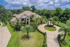 The property 102 Lake Sterling Gate Dr, Spring, TX 77379 is currently not for sale on Zillow. View details, sales history and Zestimate data for this property on Zillow. Circular Driveway, Home Values, View Photos, Golf Courses, Brick, Home And Family, Mansions, Landscape, House Styles