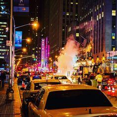 "Gefällt 30 Mal, 3 Kommentare - Daniel Laqua (@daniel_laqua) auf Instagram: ""New York @ Night #thisisnewyorkcity #ilovenyc #nyc #instatravel #instalike #nightshots"""