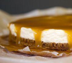 Bastogne cheesecake met butterscotch Health Desserts, No Bake Desserts, Dessert Recipes, Baking Recipes, Cookie Recipes, Sweet Pie, Finger Food Appetizers, Pie Dessert, Happy Foods