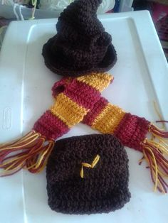 Crochet Harry Potter baby set by DustysCrochetProps on Etsy