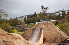 Sam Reynolds - Dirt Jump
