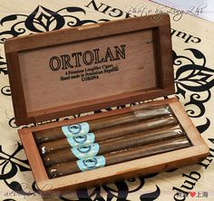 雪茄烟草-Cigar tobacco / http://www.cigarsonlinetoday.com/%e9%9b%aa%e8%8c%84%e7%83%9f%e8%8d%89-cigar-tobacco/