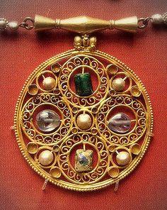 AD600 Byzantine pendant, Egypt