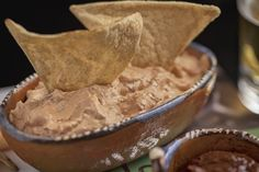 Taste the magnificent combination of the chipotle with the cream cheese – in the form of a dip. Mexican Dishes, Mexican Food Recipes, Real Food Recipes, Snack Recipes, Yummy Food, Snacks, Dip Recetas, Chipotle Crema, Cream Cheese Dips