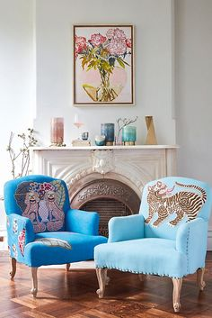 Adorned with elaborate applique, Paige Gemmels Palace Portrait chairs make a pretty talking point; accent with a feature cushion that matches on embellishment to emphasise the eclectic feel. Gouts Et Couleurs, Decoration Inspiration, Decor Ideas, Home Decor Trends, Room Colors, Cozy House, Accent Decor, Family Room, Furniture Design