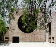 Louis Kahn Ahmedabad by Døgen, via Flickr