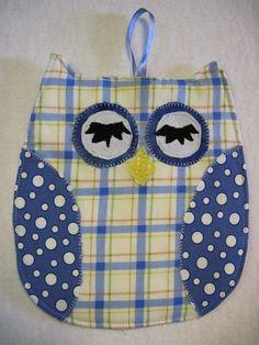 Owl hot pad/ potholder / trivet by KellettKreations on Etsy, $7.00